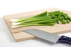 Ein Santokumesser ist ein vielseitiges Küchenmesser