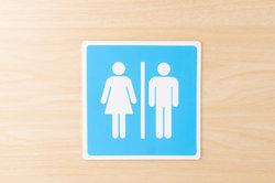 Nicht überall gibt es getrennte Toiletten.