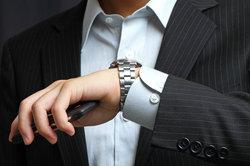 Sie können das Metall-Gliederarmband auch selber kürzen.