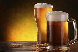 Bier in Maßen genießen.