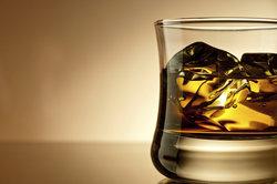 Alkohol sollte bei Krankheit nicht getrunken werden.