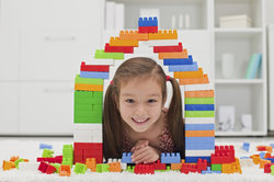 Beim Freispiel können Kinder ihre Ideen selbst umsetzen.