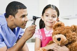 Als Kinderarzt haben Sie verschiedene Beschäftigungsmöglichkeiten.