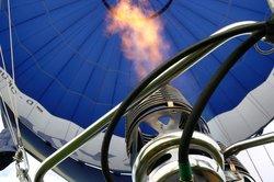 Heißluftballons gibt es in verschiedenen Größenklassen.