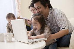 Ein Laptop kann ein Gerät für die ganze Familie sein.