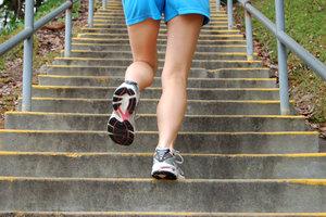 Treppenläufe sind als Intervalltraining besonders gut geeignet.