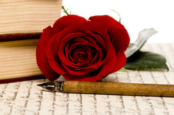 Brecht schafft mit seinem Sonett Nr. 19 ein Gedicht über bedingungslose Liebe.