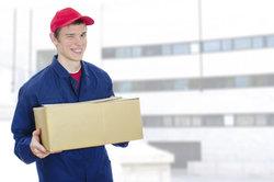 Die Post ist bekannt für Brief- und Paketzustellung.