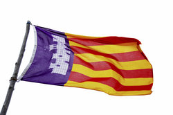 Mallorcas Flagge hat eine lange Geschichte.