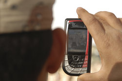 Mit Mobile Spy kann man andere Handys orten.