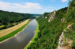 Die Elbe entspringt im Riesengebirge.