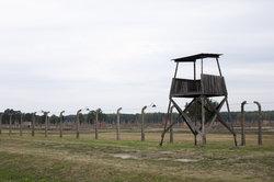 Teile des Films spielen in Konzentrationslagern.