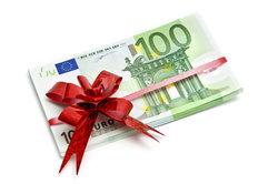 Geldregen zur Weihnachtszeit? Mit dem Glücksspiel-Adventskalender möglich.