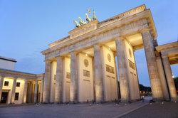 """Berlin ist Schauplatz in """"Der erste Frühling""""."""