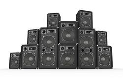 Mit Software lassen sich bei Soundsystemen auch viele Lautsprecher einzeln regeln.
