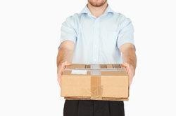 Pakete und Briefe werden unterscheidlich ausgeliefert.