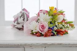 Wie schön, wenn ein Blumenstrauß monatelang frisch bleiben würde.