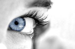 Ein tiefer Blick in die Augen spricht Bände.