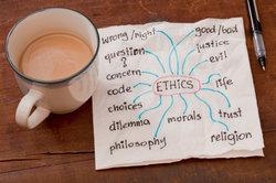 Die Definition der Berufsethik hat philosohpische und praktische Aspekte.