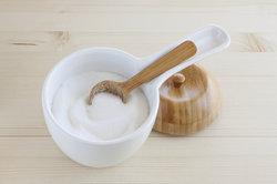 Zucker ist als Zutat für Salonzucker unverzichtbar.