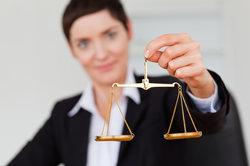 Bei der Justiz gibt es unterschiedliche Berufe.