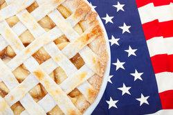 American Pie ist in den USA eigentlich ein landestypischer, heißer Apfelkuchen.