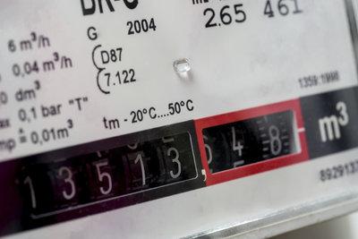 Ein Gaszähler befindet sich in allen Haushalten mit Gasverbrauch.