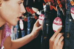 Die konkurrenzorientierte Preisbildung ist ein Instrument, um ein Produkt anfangs auszupreisen.
