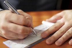 Das Scheckeinreichungsformular der Postbank ist leicht auszufüllen.
