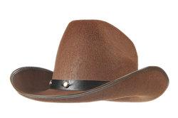 Jeder Hut benötigt eine andere Pflege, damit die Form erhalten bleibt.