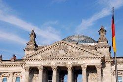 In Deutschland herrscht ein pluralistisches System vor.
