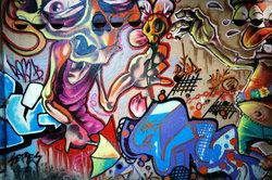 Graffitis an einer Wand
