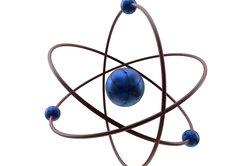 Atome streben nach der Edelgaskonfiguration.