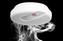Rauchmelder arbeiten fotoelektronisch.