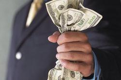 Geld wird zu Korruptionszwecken gerne eingesetzt.