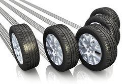 Reifen sind nur mit festgezogenen Radmuttern sicher.
