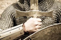 Ritter sind die Protagonisten der höfischen Romane.