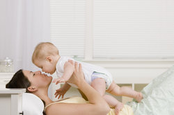 Kleine Kinder sind nicht in der Lage, ihre Nase selbstständig zu reinigen.