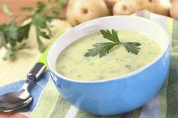 Suppe mit Mehl andicken