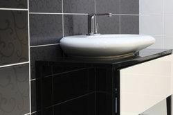 Moderne Waschbecken sind oft aus Guss.