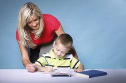Die kindliche Entwicklung lässt sich in verschiedene Stadien unterteilen.