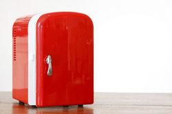 Ein knackender Kühlschrank kann sehr nervig sein.