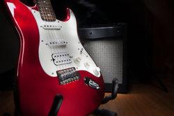 Mit den richtigen Voraussetzungen kann eine E-Gitarre fast akustisch klingen.