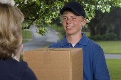 Es gibt mehr Schülerjobs als nur das Austragen von Paketen.