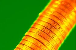 Eine Rückgewinnung von Gold ist mit Königswasser möglich.