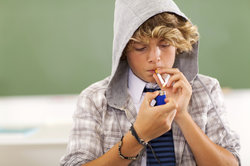 """So genannte """"Problem-Teenager"""" werden in der Sendung in fremde Länder geschickt."""
