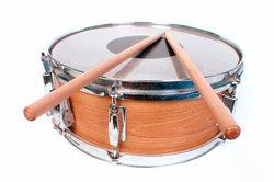 Trommeln sind beliebt in der aktiven Musiktherapie.