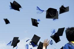 Wer einen Doktortitel erwerben möchte, muss viel investieren.