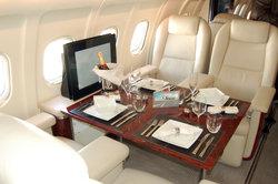 Fliegen im Privatjet, schöner Luxus - da bedarf es keiner Sitzplatzreservierung.