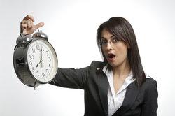 Die Mindestarbeitszeit ist nichtt nach dem Gesetz festgelegt.